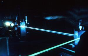这不是科幻小说!科学家正在开发一个100千兆瓦的激光器