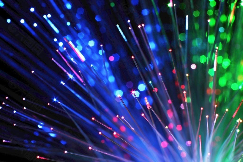 燕山大学在手性光聚合应用领域取得重要进展